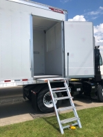 NEW 2023 GREAT DANE 42' ROLL UP REEFERS WITH SIDE DOOR AND DUAL TEMP PREP 4